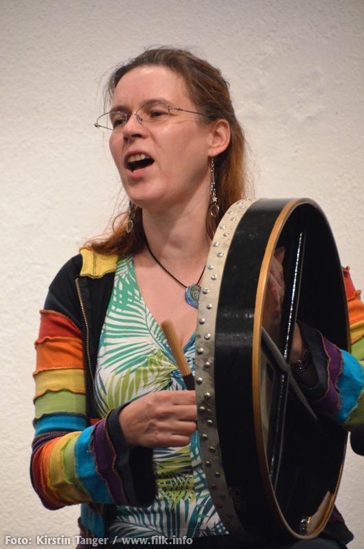 rika-mit-trommel